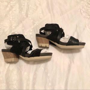 OTBT Take Off Heeled Sandals, Size 8 Leather upper